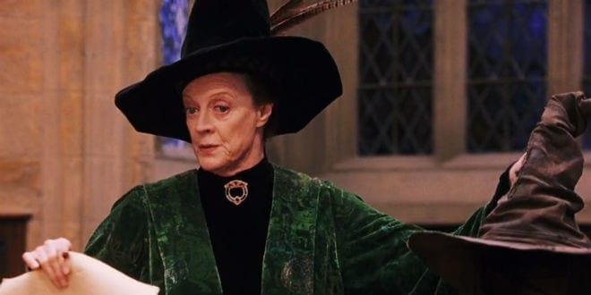 Maggie Smith nell'iconico ruolo della Professoressa McGranitt in Harry Potter