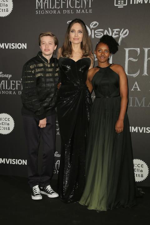 Shiloh, Zahara e Angelina Jolie a Roma per la prima di Maleficent - Signora del male