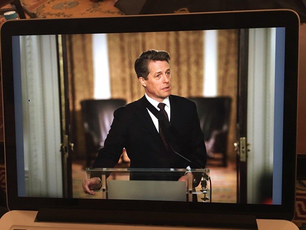 Hugh Grant nel ruolo del Primo Ministro in Love Actually 2