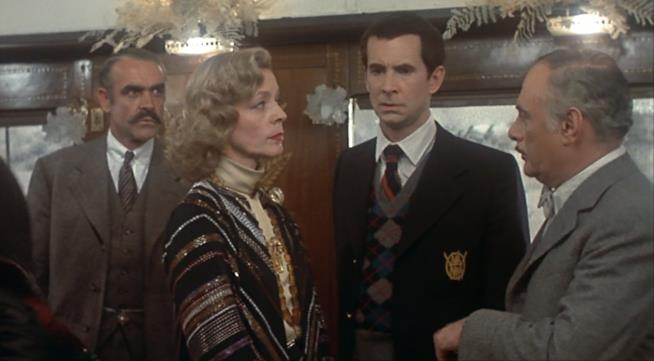 Anthony Perkins, Sean Connery e Lauren Bacall in Assassinio sull'Orient Express