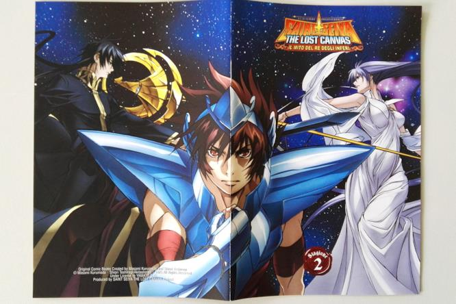 Tenma, Ade e Atena sulla copertina del booklet di Saint Seiya: The Lost Canvas 2