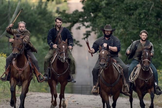 Nell'episodio 9x13 di The Walking Dead abbiamo conosciuto i banditi, un nuovo gruppo