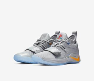 Nike e PlayStation si uniscono per due nuovi modelli di scarpe