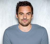 Jake Johnson, interprete della serie New Girl, in sala con La Mummia