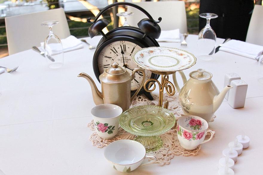 Matrimonio Tema Alice Nel Paese Delle Meraviglie : I centrotavola ispirati ai classici disney per un