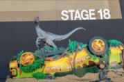 Scultura LEGO dedicata al Velociraptor Blue di Jurassic World composta da 700mila mattoncini