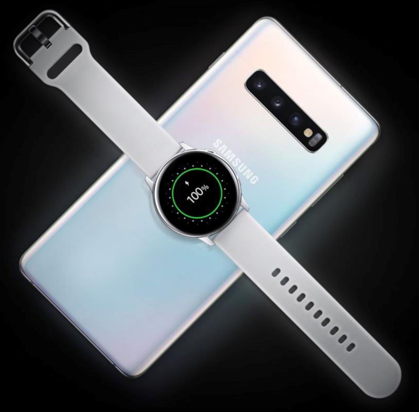 Immagine promozionale per la funzione Wireless PowerShare dei nuovi dispositivi di Samsung