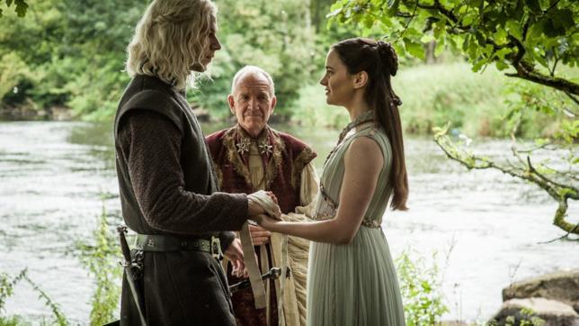 I genitori di Jon Snow in una scena di Game of Thrones