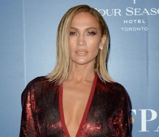 Jennifer Lopez al photocall di Hustlers al Festival di Toronto