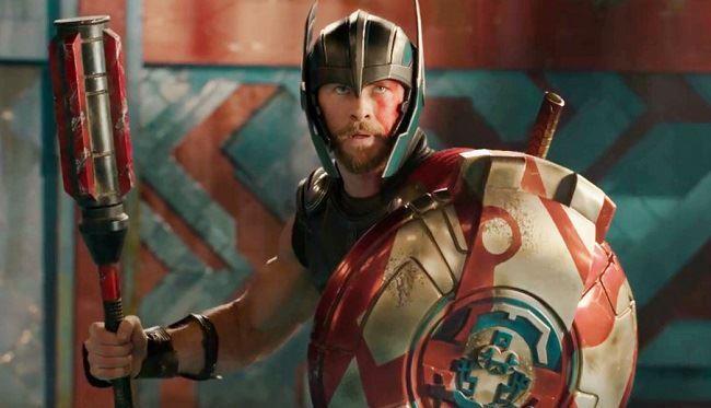 Thor è pronto a combattere contro Hulk