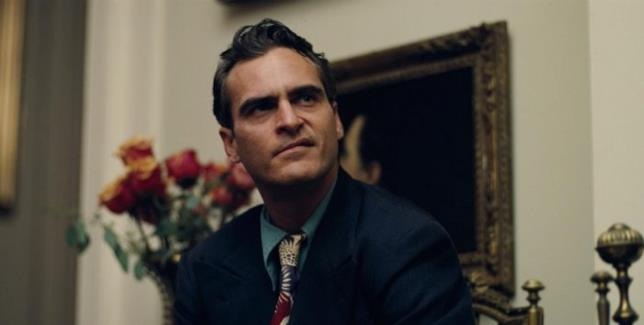 Joaquin Phoenix nel film The Master