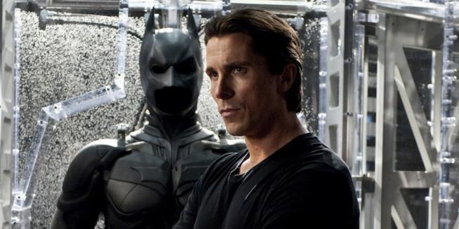 Christian Bale è Batman in Il Cavaliere Oscuro