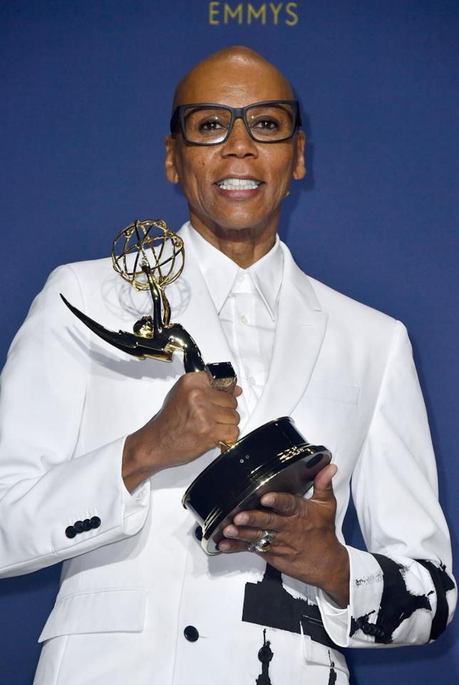 RuPaul stringe il suo Emmy