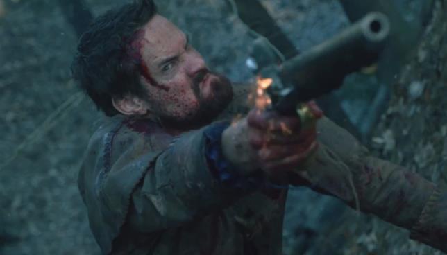 L'eroico John Alden è interpretato da Shane West