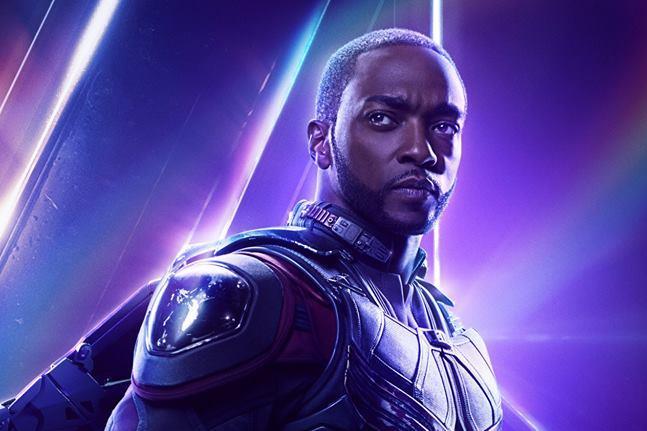Character poster si Avengers: Infinity War dedicato a Falcon