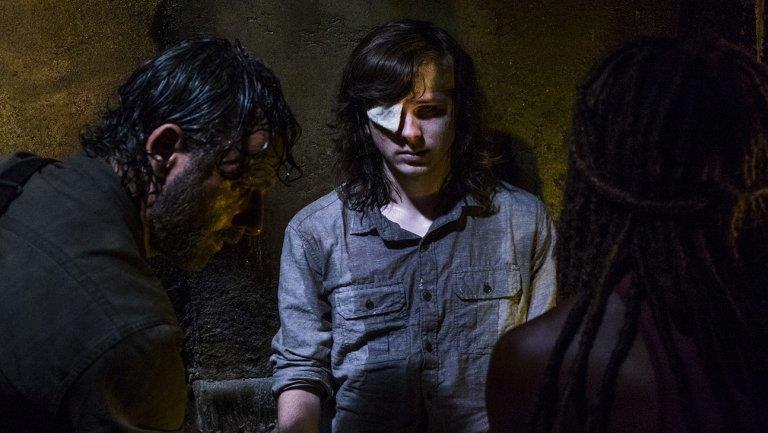 Carl nell'episodio 8x8 di TWD