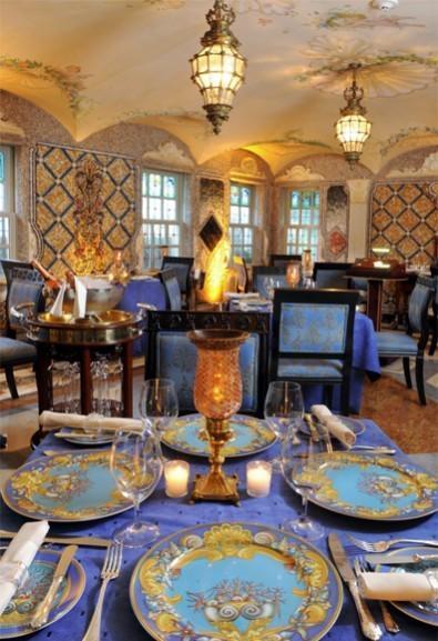 I tavoli del ristorante di Villa Casuarina
