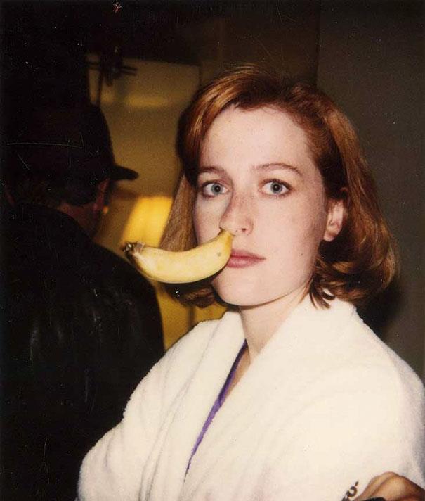 Gillian Anderson in una divertente immagine nel backstage di X-Files