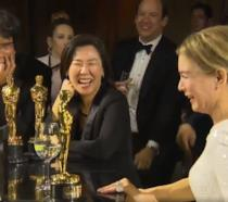 Bong Joon Ho promette di bere tutta la notte dopo aver vinto l'Oscar