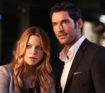 Chloe e Lucifer in un episodio di Lucifer