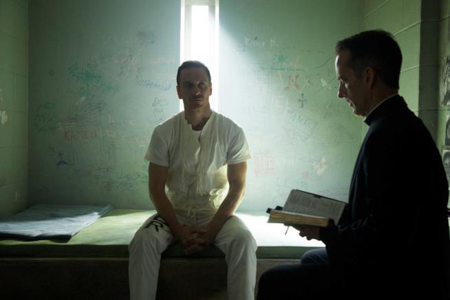 Michael Fassbender nel ruolo di Callum Lynch