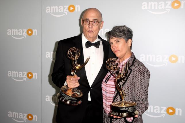 Jill Soloway e Jeffrey Tambor vincono un Emmy per Transparent