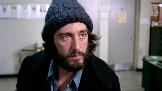 Al Pacino è Frank Serpico in una scena del film