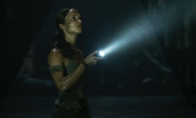 Alicia Vikander in una scena del film
