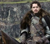 Richard Madden nei panni di Robb Stark
