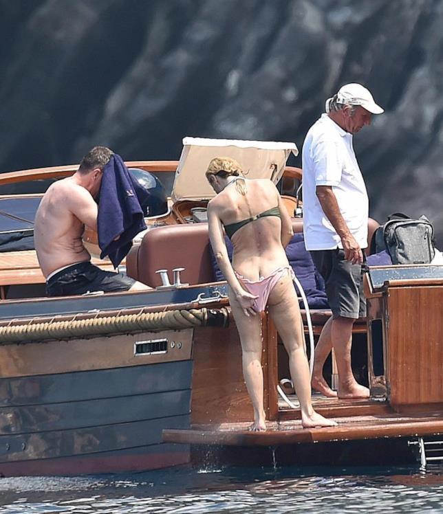 L'attrice in barca