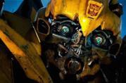 Bumblebee in una scena del film