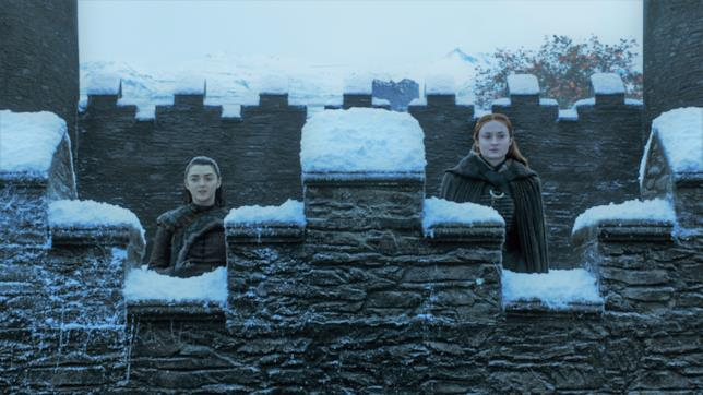 Maisie Williams e Sophie Turner in Game of Thrones 7