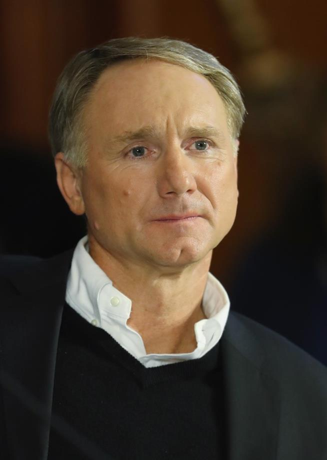 Dan Brown in primo piano
