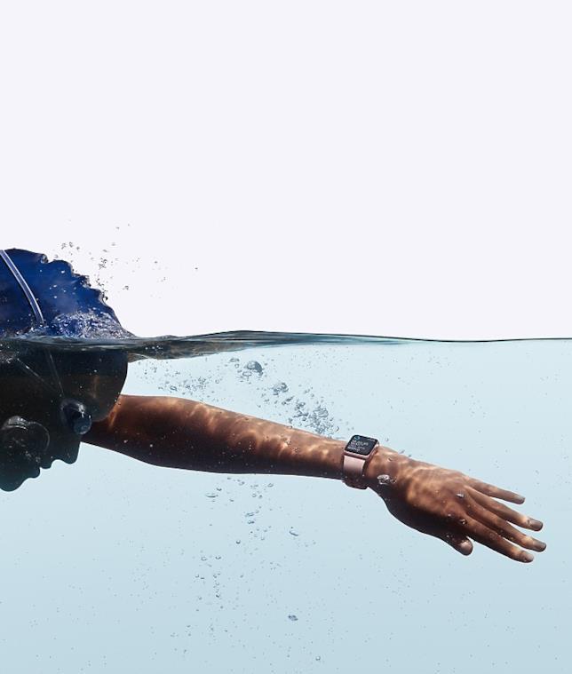 Apple Watch 2 in piscina