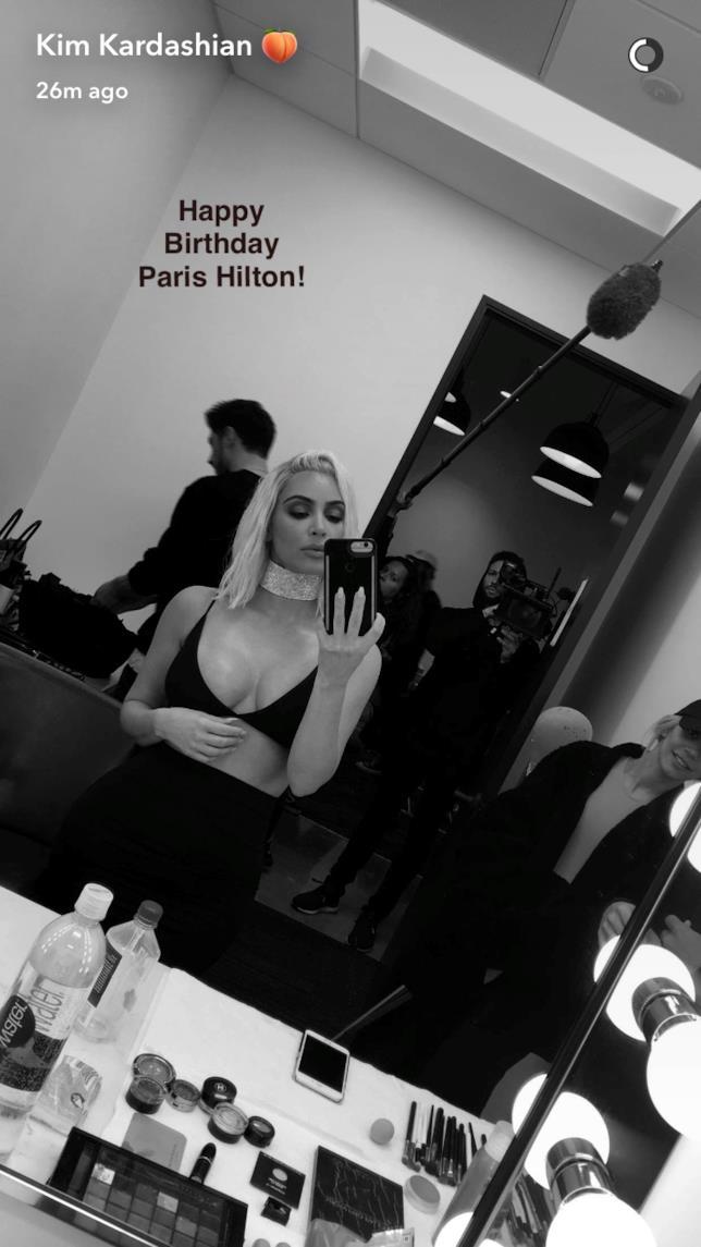 Gli auguri di Kim Kardashian a Paris Hilton su Snapchat