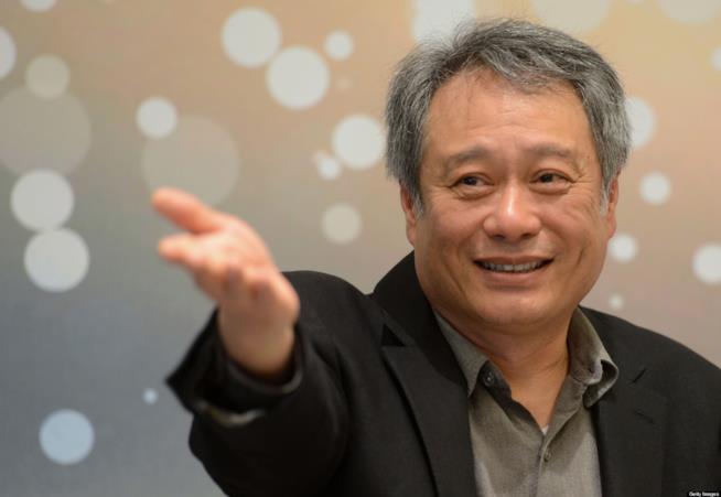 Un primo piano di Ang Lee