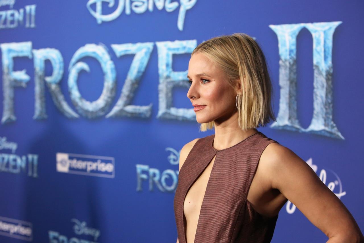 Kristen Bell posa per i fotografi alla prima mondiale di Frozen II