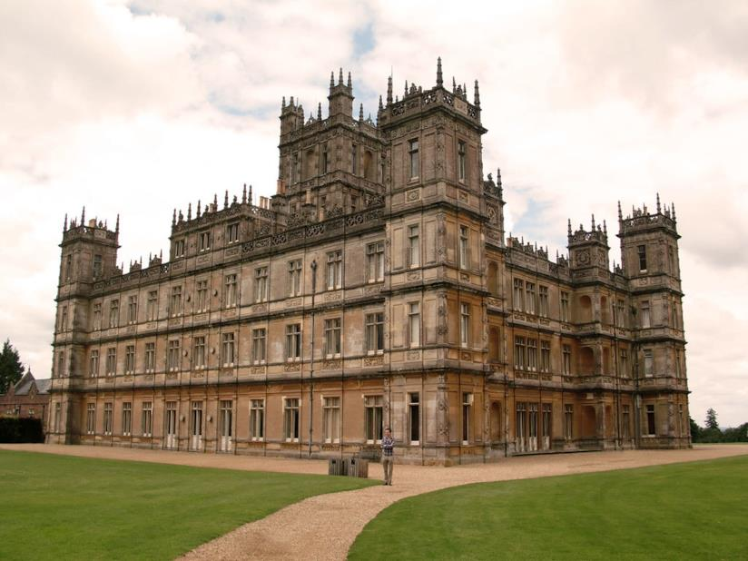 Il castello di Highclere, location della serie di Downton Abbey