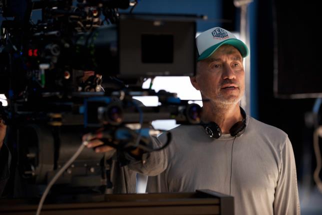 Roland Emmerich durante le riprese del film