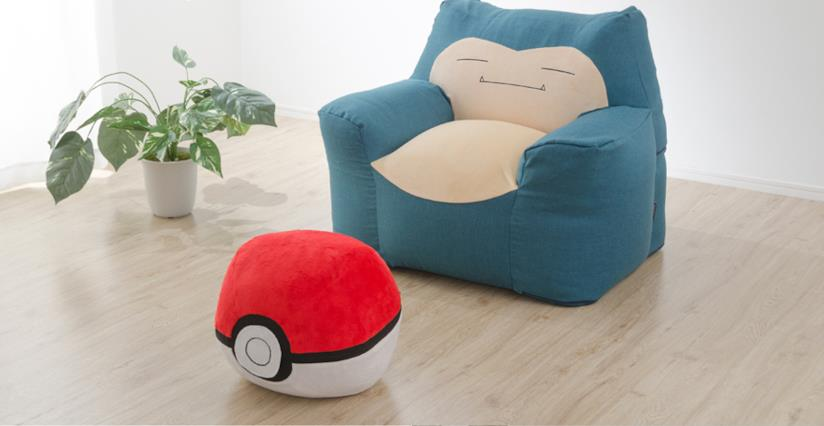Pokémon poltrona Snorlax e poggiapiedi Poké Ball