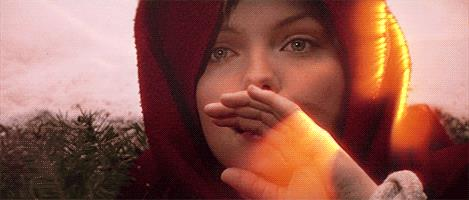 L'Eclissi sfiora la mano di Michelle Pfeiffer in Ladyhawke