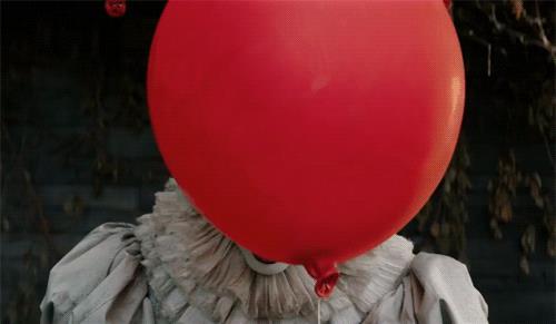 Pennywise e il suo palloncino rosso