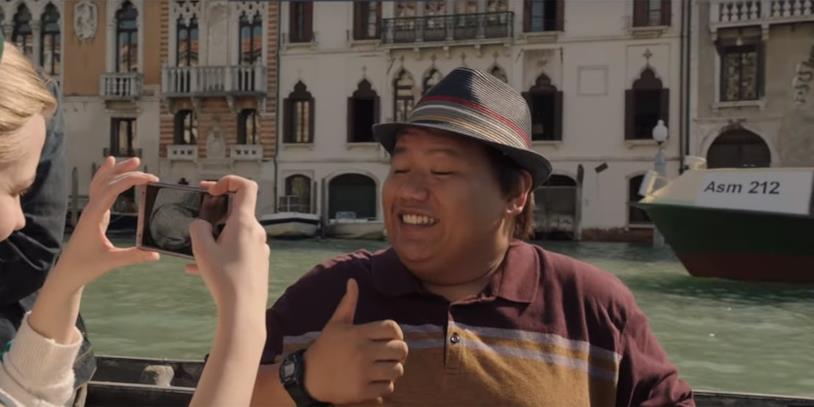 Ned in una scena di Spider-Man: Far From Home girata a Venezia