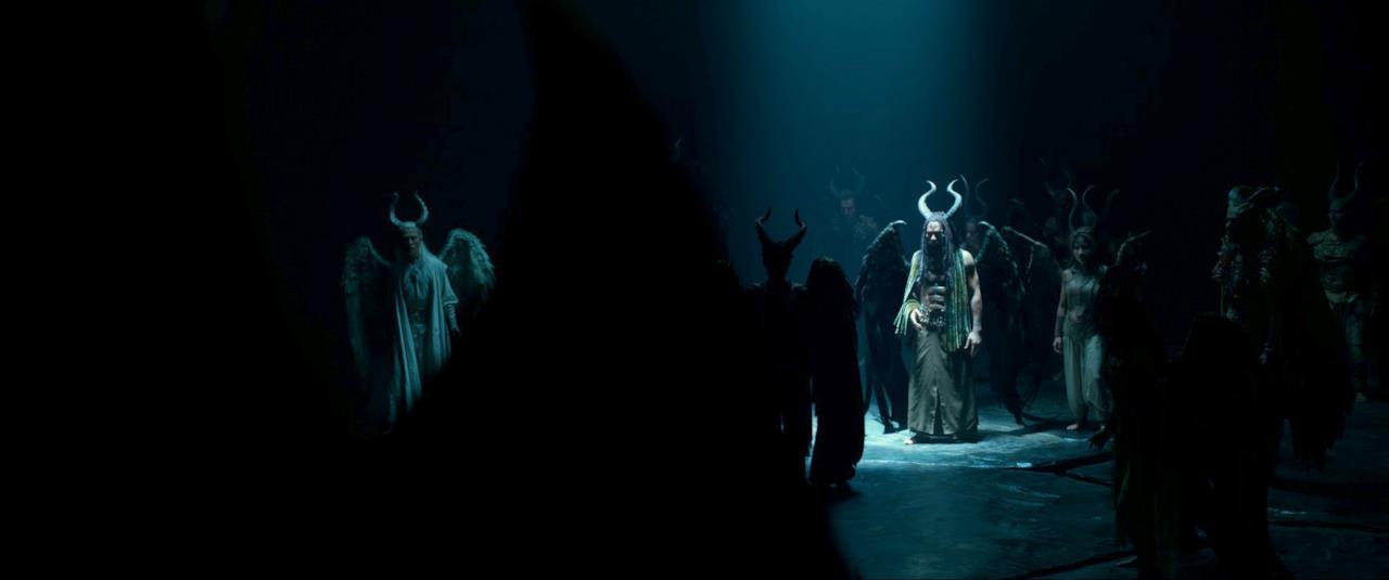 Maleficent scopre delle creature simili a lei
