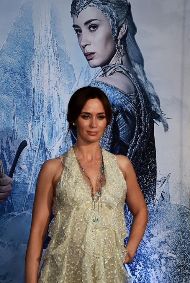 Emily Blunt sul red carpet de Il Cacciatore e la Regina di Ghiaccio