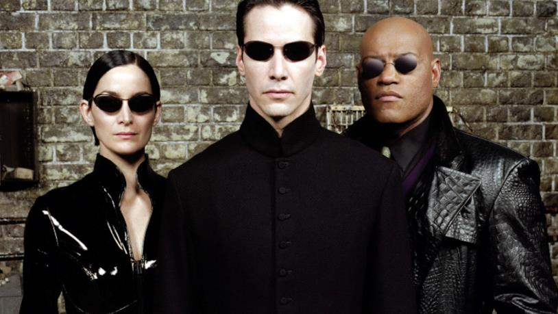 Neo, Trinity e Morpheus in una scena di Matrix