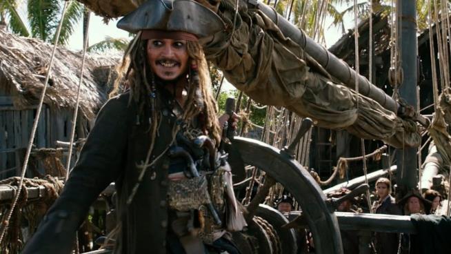 Pirati dei Caraibi - La vendetta di Salazar: Johnny Depp nei panni di Jack Sparrow in una scena del film