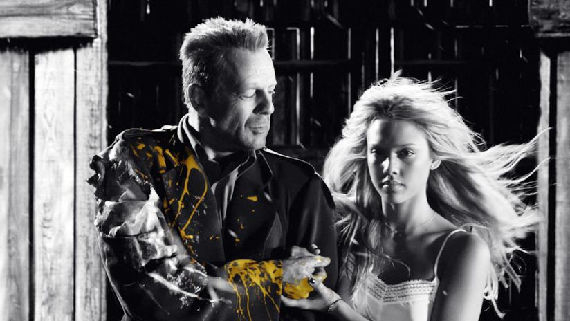 Bruce Willis e Jessica Alba nel cast del film Sin City