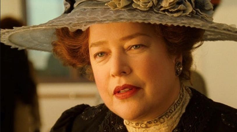 Molly Brown in una scena di Titanic