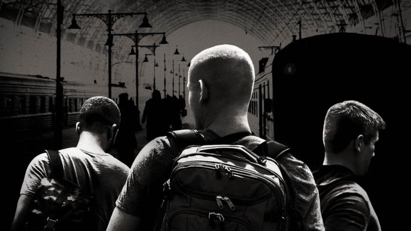 Il poster ufficiale di Ore 15:17 – Attacco al treno